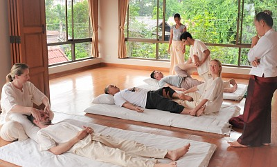 Traditional Thai Massage beginner's course in Chiang Mai